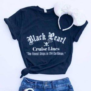 Black pearl cruise lines Tshirt